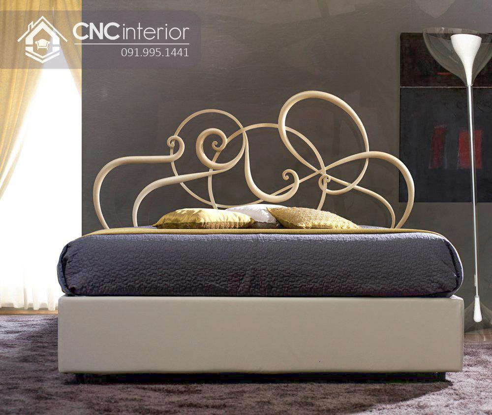 Giường gỗ sồi tự nhiên bền đẹp tinh tế CNC 10