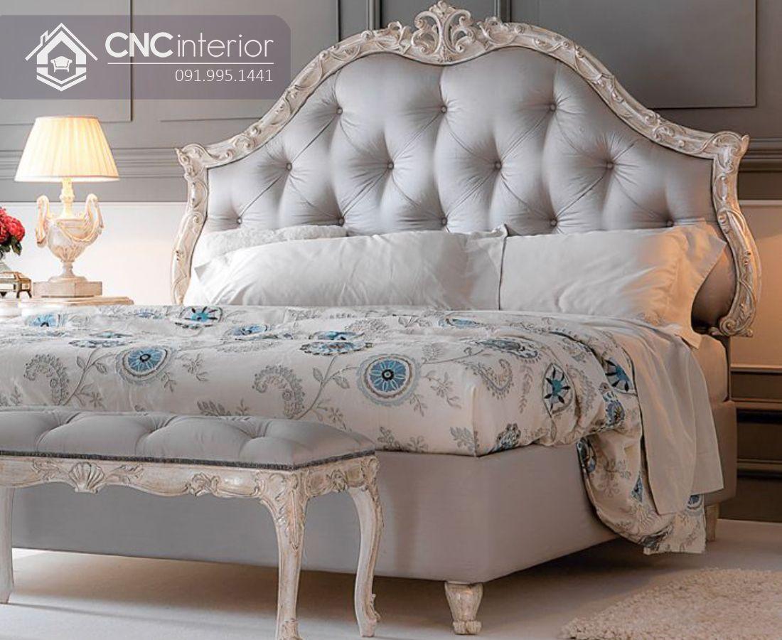 Giường ngủ gỗ sồi bán cổ điển sang trọng CNC 23 2