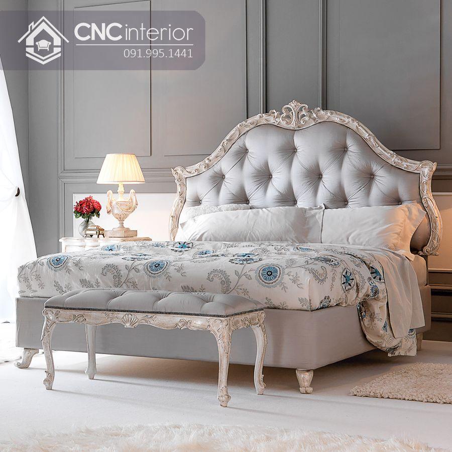 Giường ngủ gỗ sồi bán cổ điển sang trọng CNC 23 1