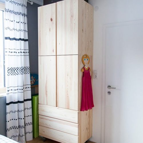 Tủ quần áo trẻ em bằng gỗ cnc 71