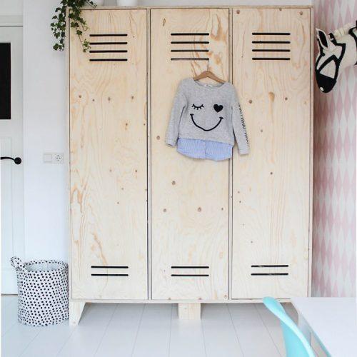 Tủ quần áo trẻ em bằng gỗ cnc 75