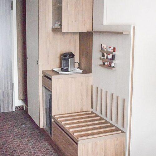 Tủ quần áo khách sạn CNC 48