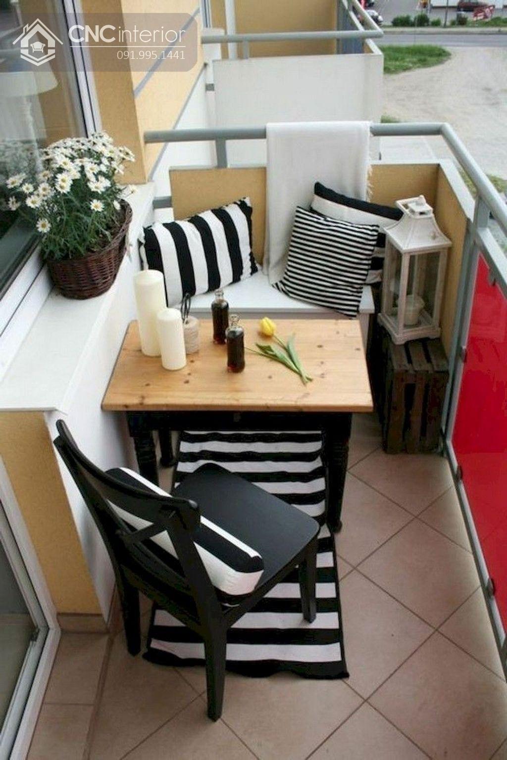 bàn ghế ban công chung cư 1