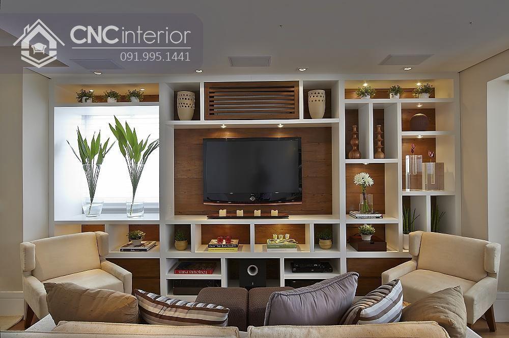 Với nhiều hộc tủ bạn có thể mua một số món đồ trang trí hay cây xanh để tạo một mảng đầy nghệ thuật cho căn phòng