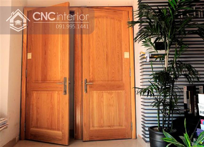 mẫu cửa chính 2 cánh bằng gỗ 2
