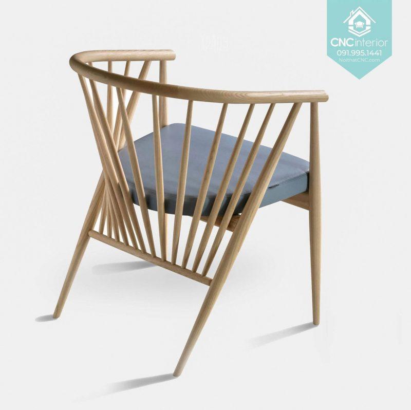 20 Genny Chair 3