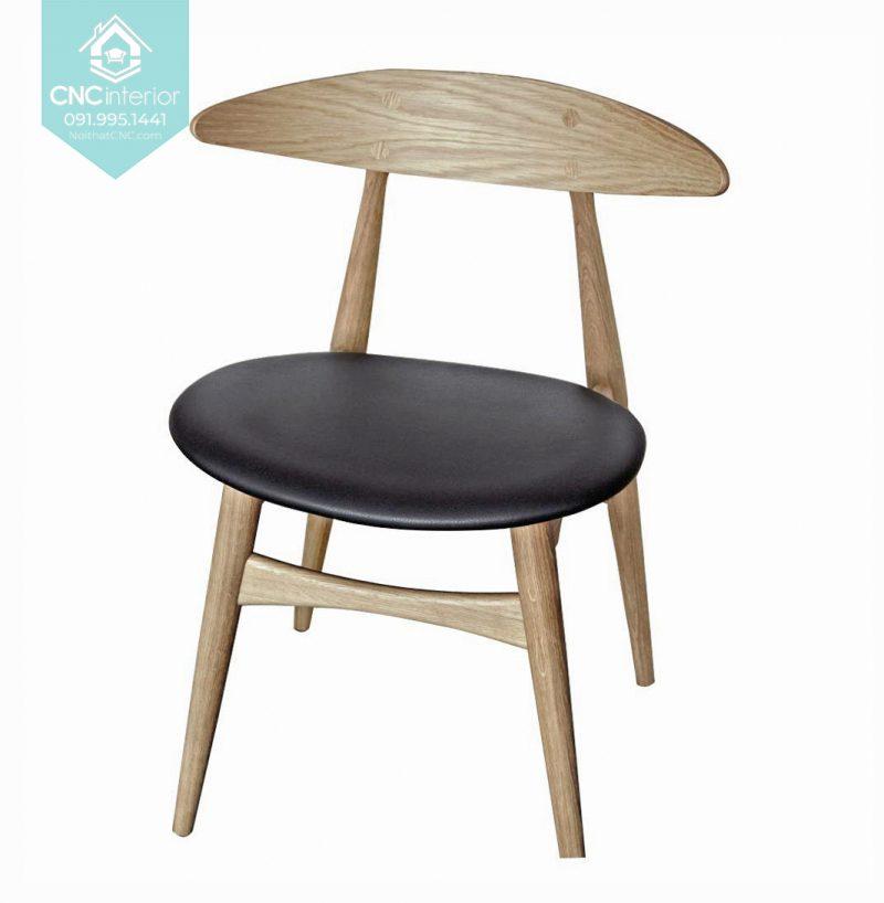 25 Telyn chair 1