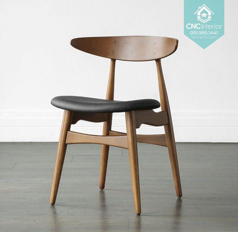 25 Telyn chair 2