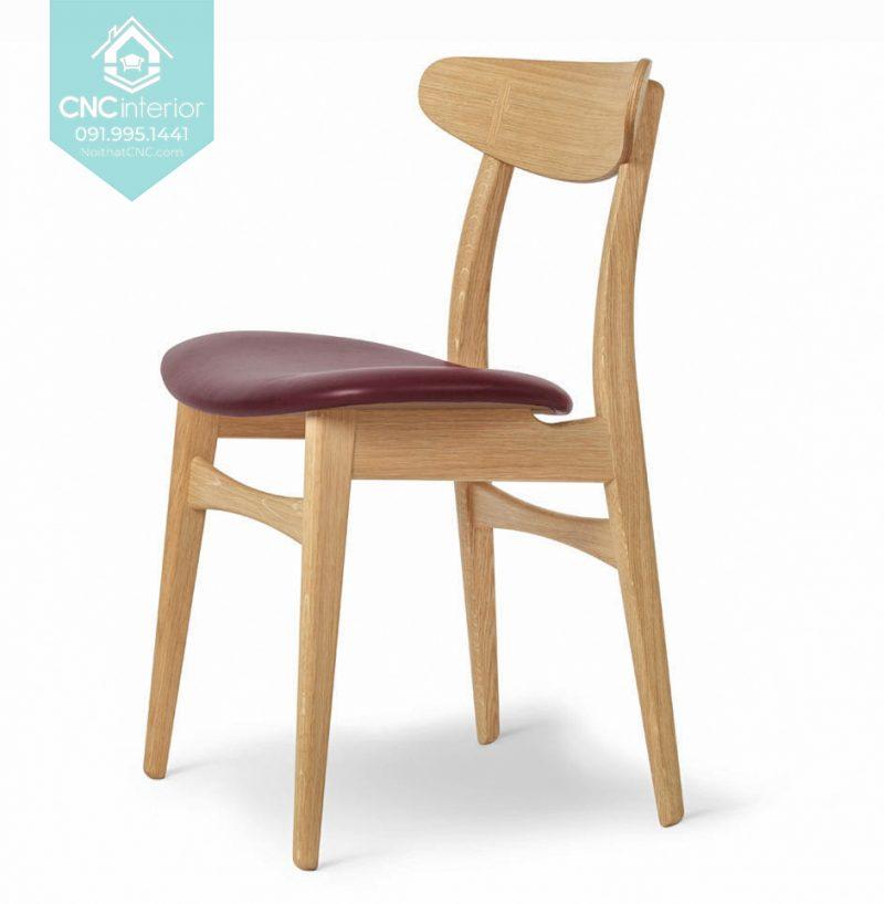 25 Telyn chair 5