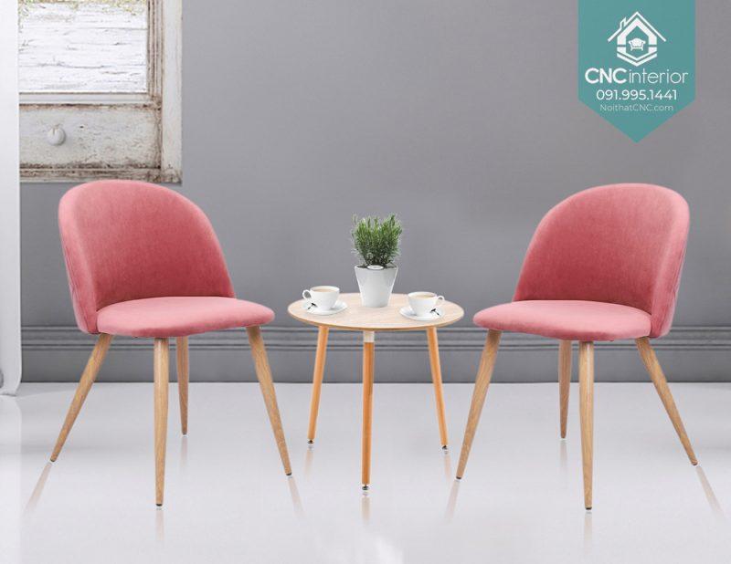 40 Velvet chair 1