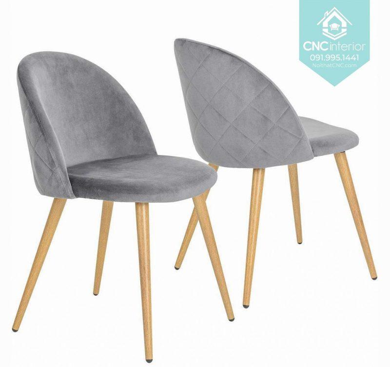 40 Velvet chair 2