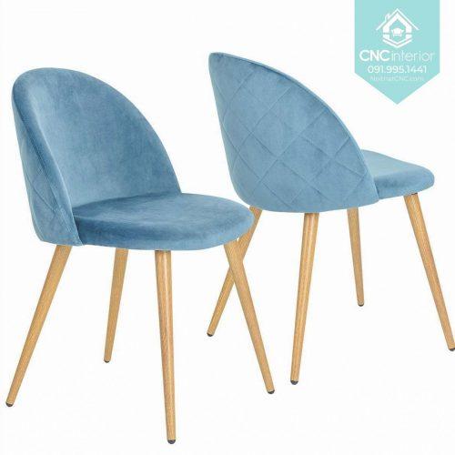 40 Velvet chair 3
