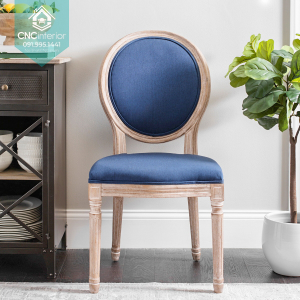 46 Louis chair 5