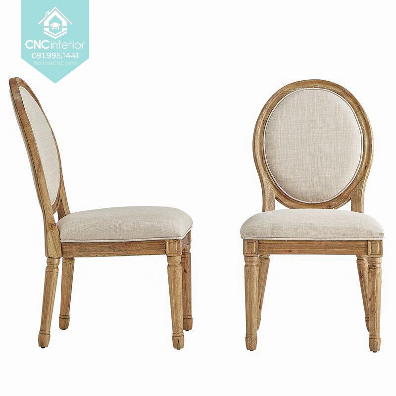 46 Louis chair 6