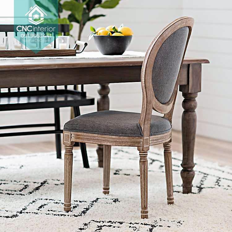 46 Louis chair 9