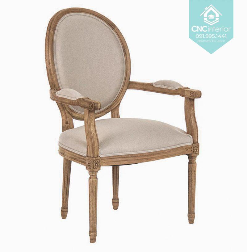 47 Louis armchair 4