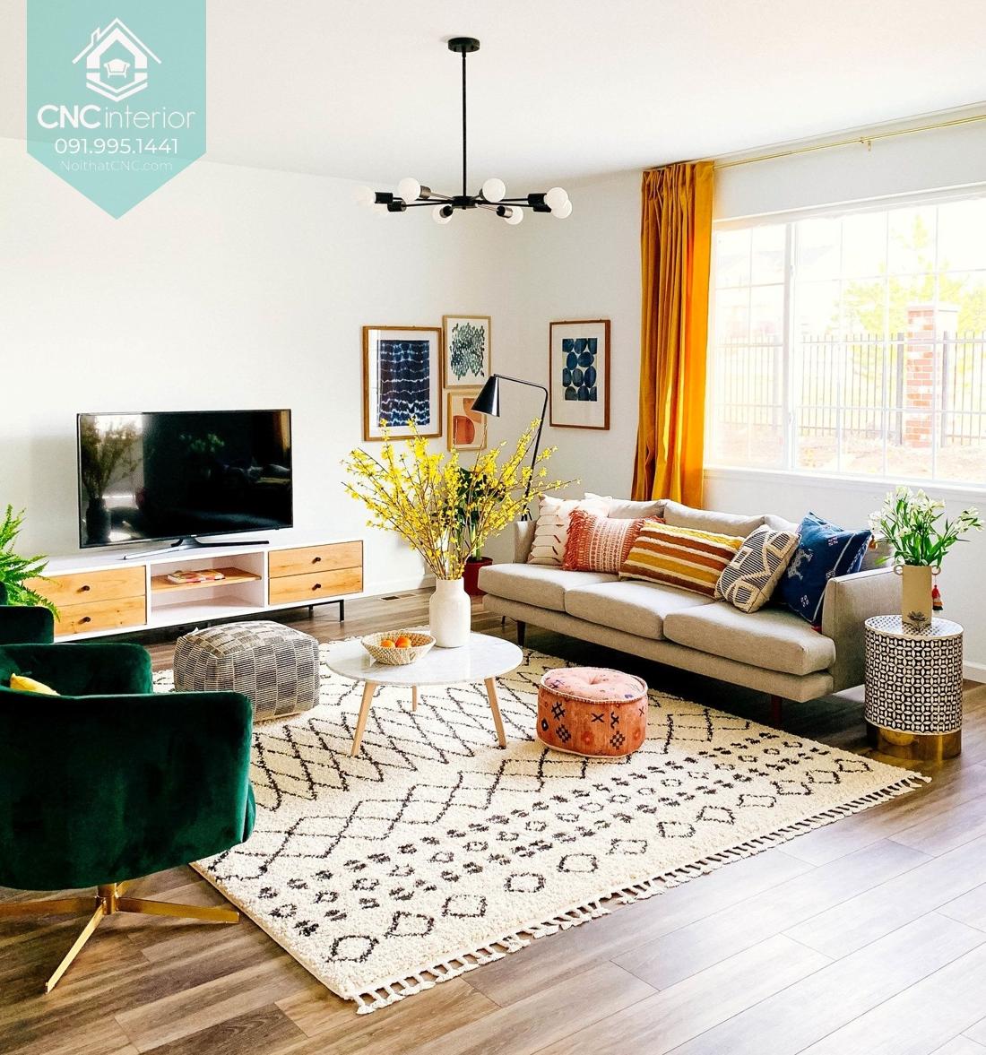 Nhấn màu sắc và họa tiết vào gối tựa, thảm hay rèm cửa